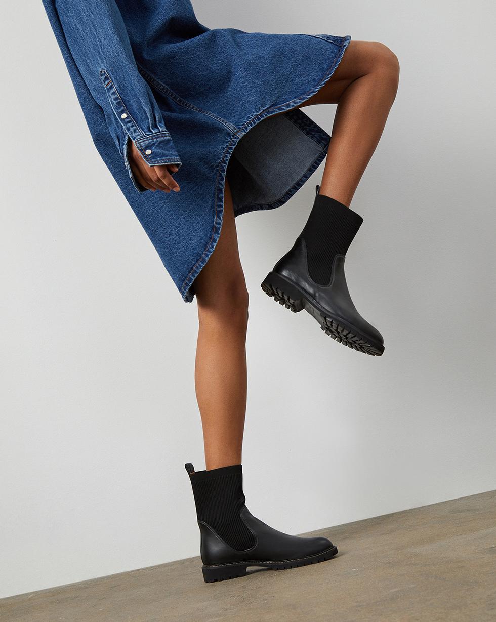 12⠀STOREEZ Высокие ботинки с трикотажным чулком 12⠀storeez ботинки с трикотажным чулком