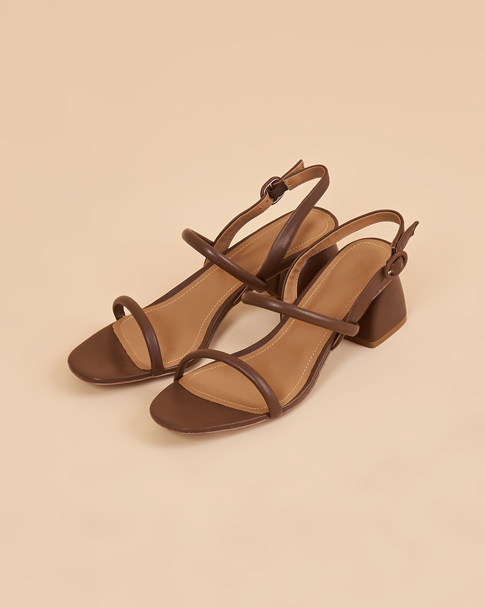 12Storeez Сандалии на каблуке (коричневый) SS19