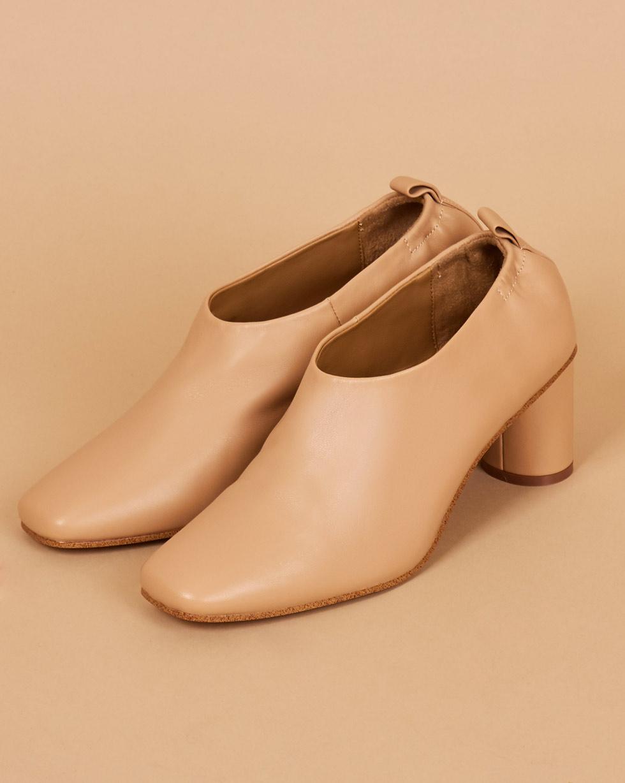 12Storeez Туфли-мюли закрытые на каблуке (светло-бежевые)
