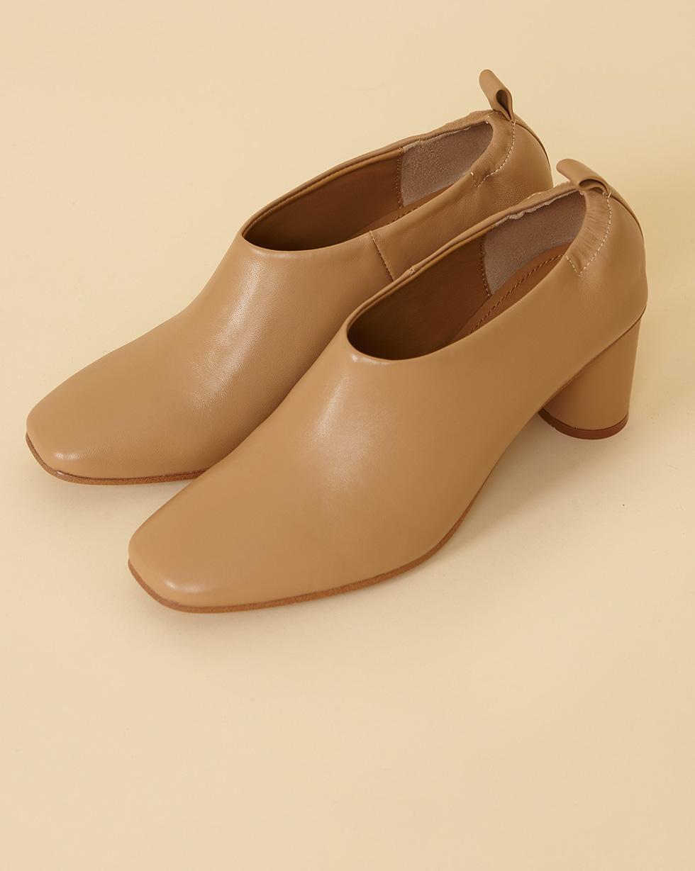 12Storeez Туфли-мюли закрытые на каблуке (светло-бежевый) SS19 цены онлайн