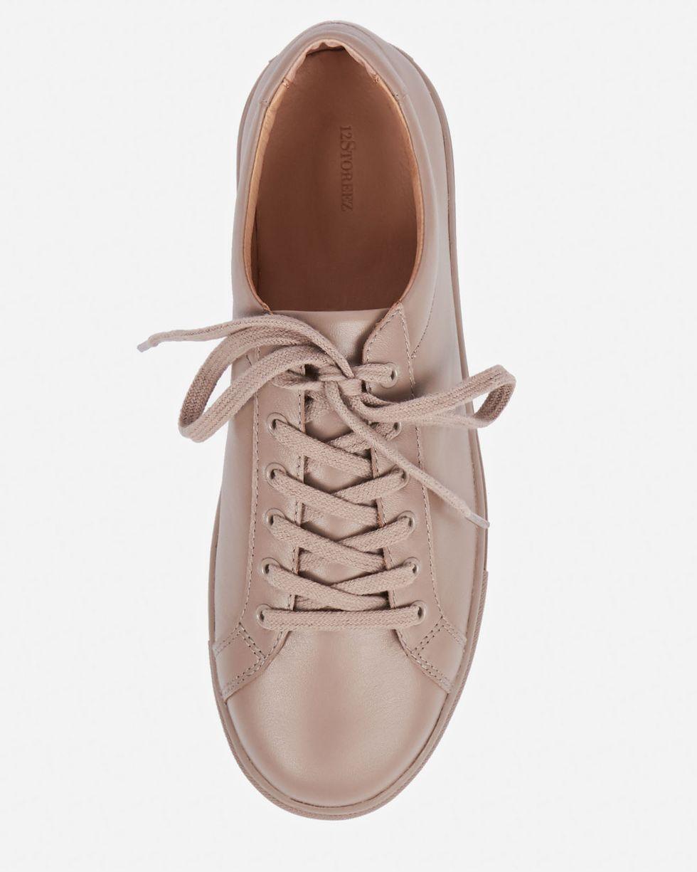 Кожаные кеды 40Обувь<br><br><br>Артикул: 818410559<br>Размер: 40<br>Цвет: Кофейный<br>Новинка: НЕТ<br>Наименование en: Leather sneakers
