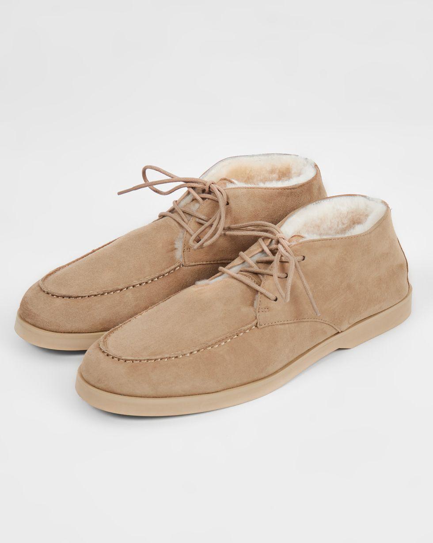 Полуботинки на шнурках с мехом 35Обувь<br><br><br>Артикул: 818411598<br>Размер: 35<br>Цвет: Песочный<br>Новинка: НЕТ<br>Наименование en: Lace-up fur lined boots