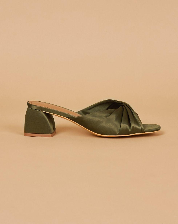 12Storeez Мюли с открытым носом на низком каблуке (оливковые) 12storeez туфли лоферы из замши оливковые
