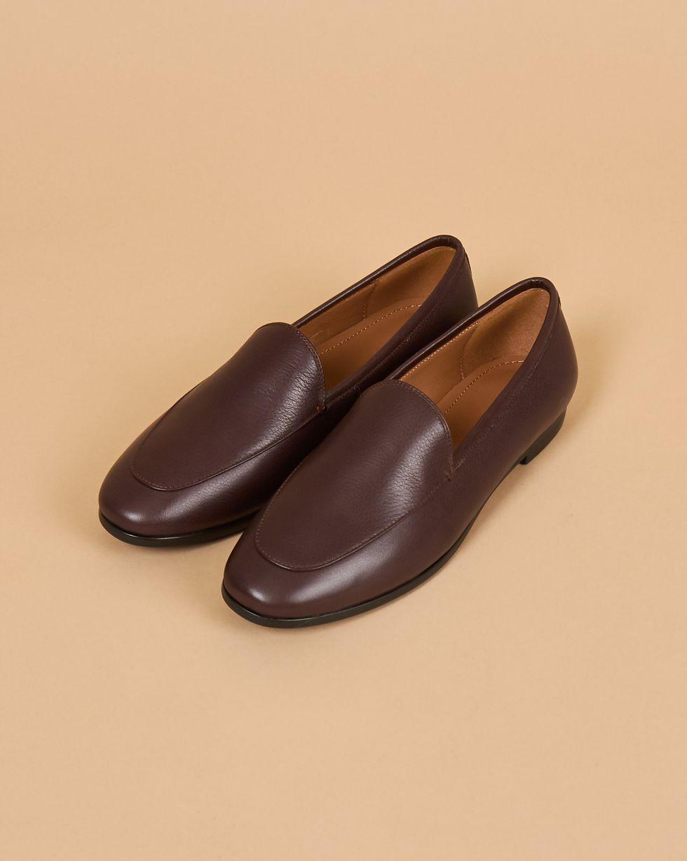 Туфли-лоферы классические 35Обувь<br><br><br>Артикул: 818412914<br>Размер: 35<br>Цвет: Коричневый<br>Новинка: ДА<br>Наименование en: Classic leather loafers