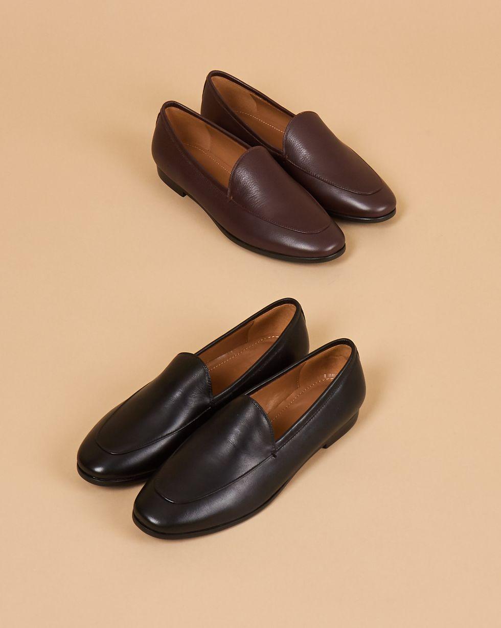 Туфли-лоферы классические 39Обувь<br><br><br>Артикул: 818412915<br>Размер: 39<br>Цвет: Черный<br>Новинка: ДА<br>Наименование en: Classic leather loafers