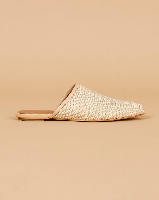 Бабуши из текстиля 41Обувь<br><br><br>Артикул: 818412930<br>Размер: 41<br>Цвет: Натуральный<br>Новинка: НЕТ<br>Наименование en: Woven flat mule slippers