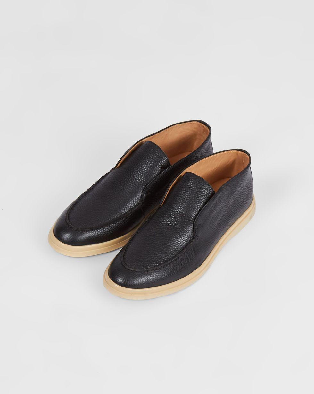 Полуботинки из кожи 39Обувь<br><br><br>Артикул: 818412938<br>Размер: 39<br>Цвет: Черный<br>Новинка: НЕТ<br>Наименование en: Leather ankle boots