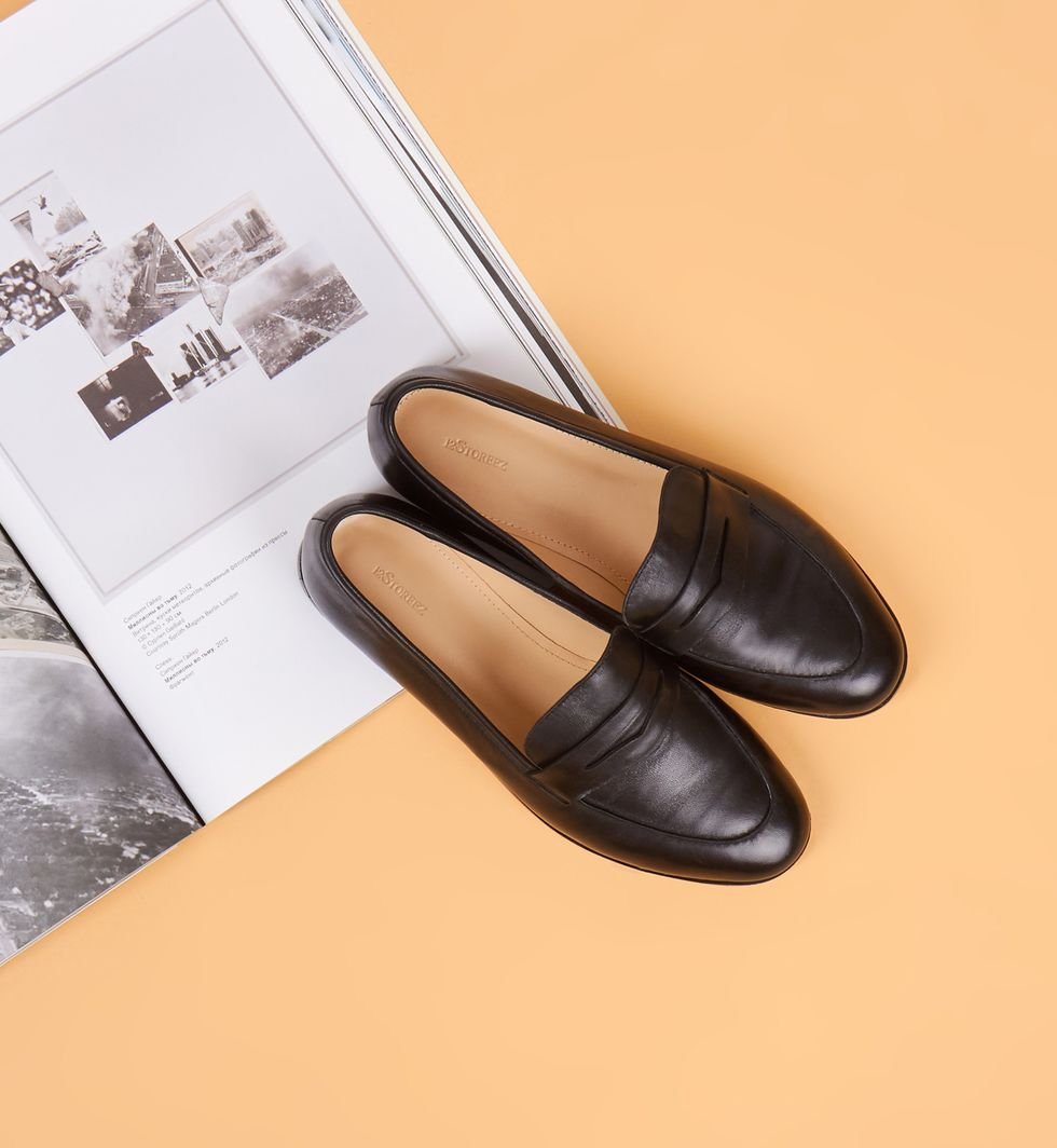 Туфли-лоферы 37обувь<br><br><br>Артикул: 81848911<br>Размер: 37<br>Цвет: Черный<br>Новинка: НЕТ<br>Наименование en: Leather loafers