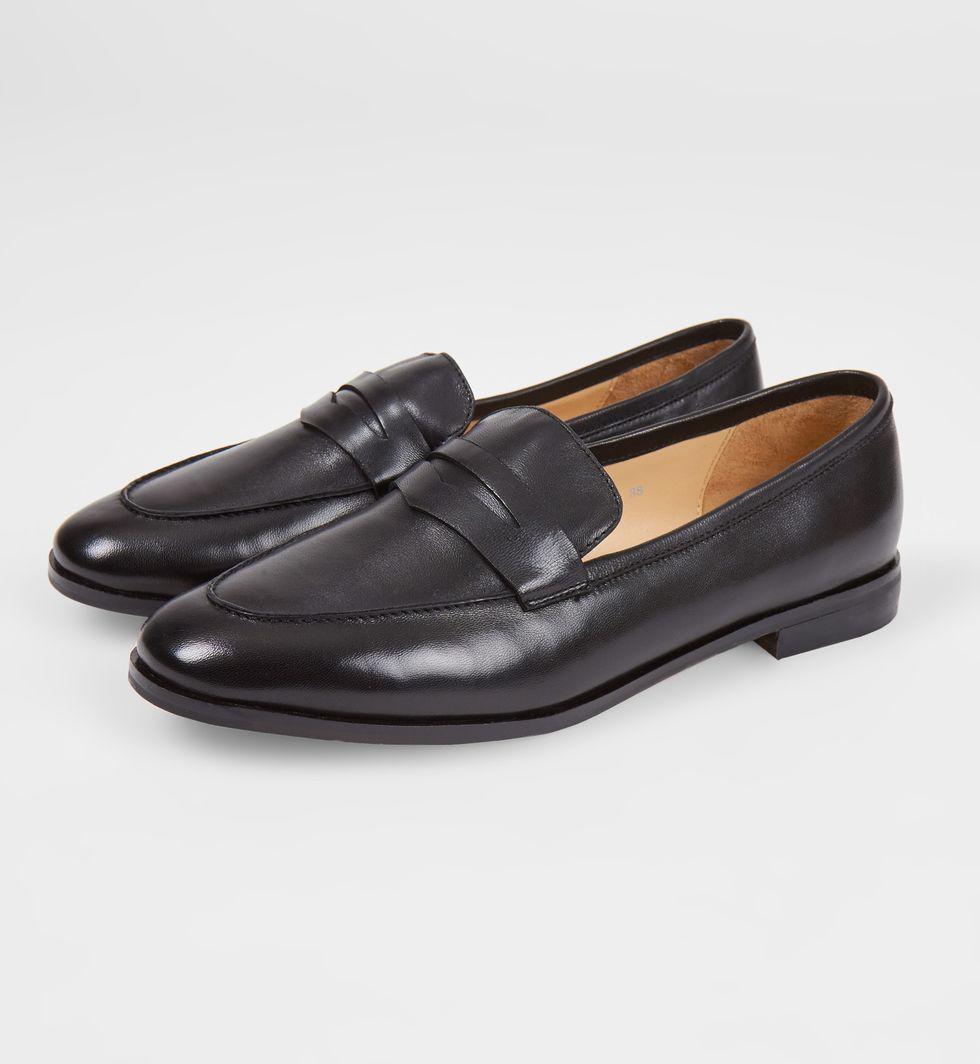 Туфли-лоферы 39обувь<br><br><br>Артикул: 81848911<br>Размер: 39<br>Цвет: Черный<br>Новинка: НЕТ<br>Наименование en: Leather loafers