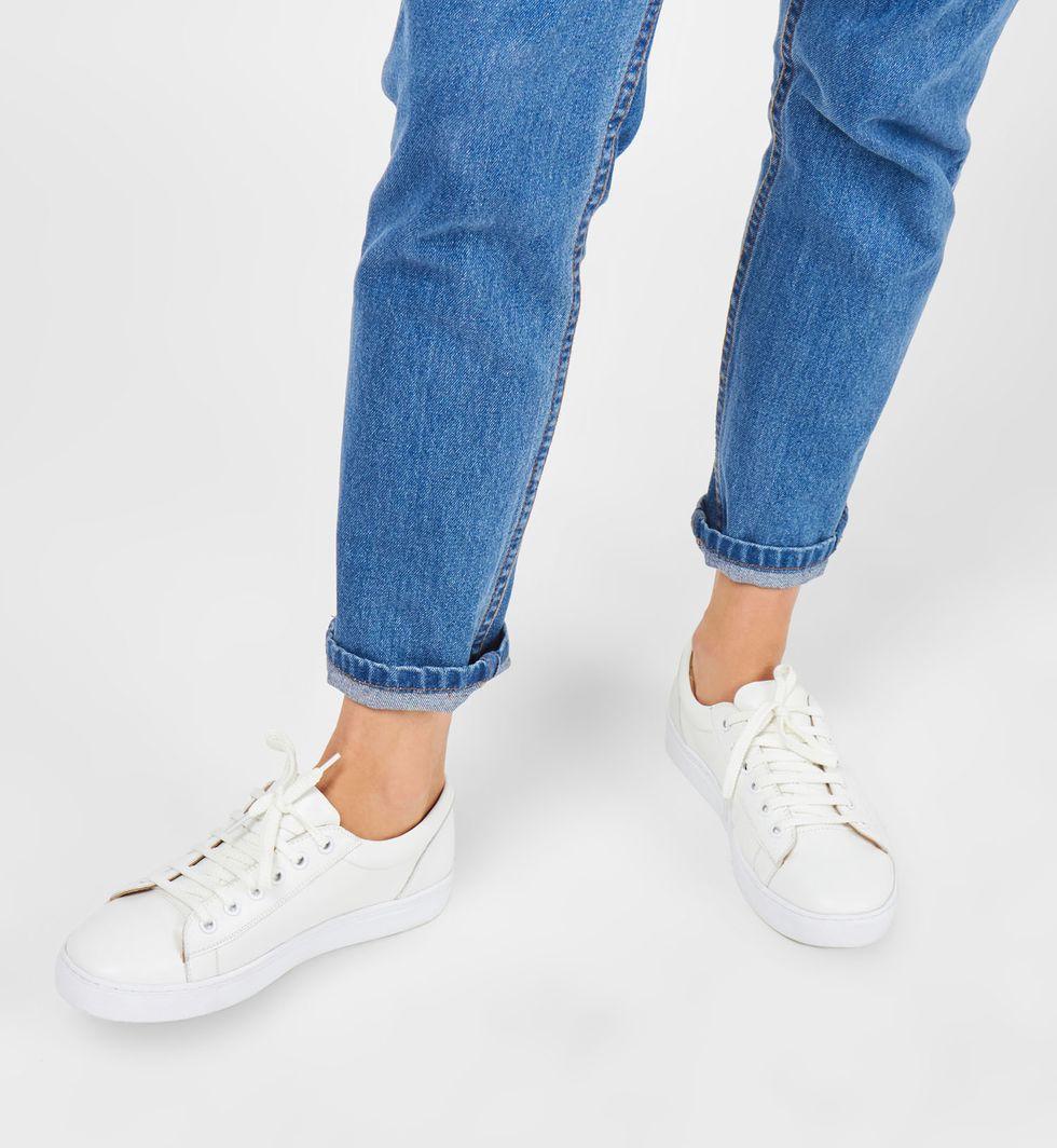 Кеды 37обувь<br><br><br>Артикул: A7623937524<br>Размер: 37<br>Цвет: Белый<br>Новинка: НЕТ<br>Наименование en: Leather sneakers