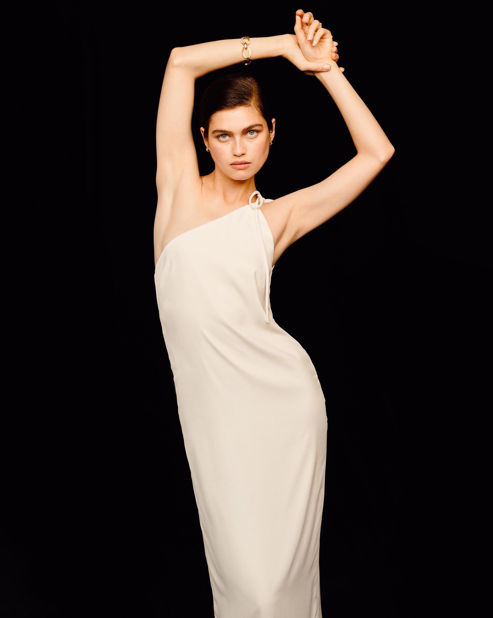 12⠀STOREEZ Платье-комбинация на одно плечо