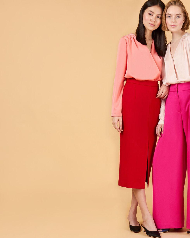12Storeez Юбка миди с разрезом спереди (красный) юбка миди цвет персиковый c h i c