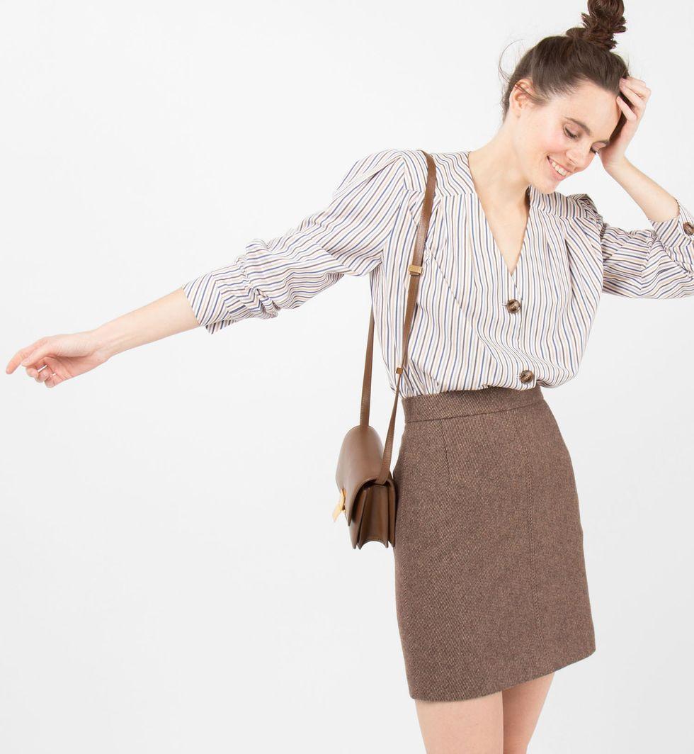 Юбка мини с отстрочкой Mюбки<br><br><br>Артикул: 8277805<br>Размер: M<br>Цвет: Коричневый меланж<br>Новинка: НЕТ<br>Наименование en: Stitch mini skirt