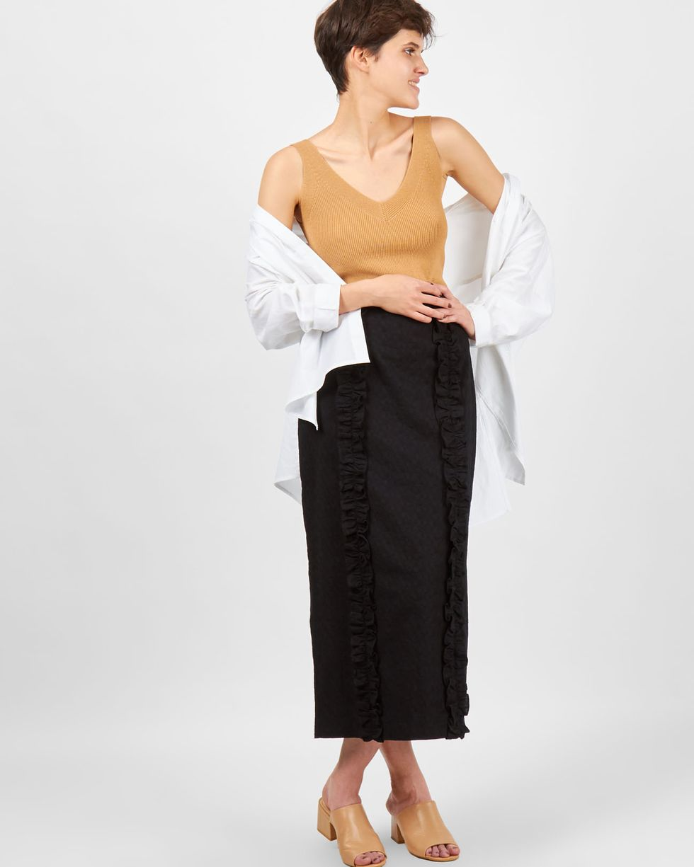 12Storeez Юбка миди с рюшами (черный) квадратный танец танца юбка черный юбка тела юбка тянуть канат безопасности штаны латинский танцевальная юбка