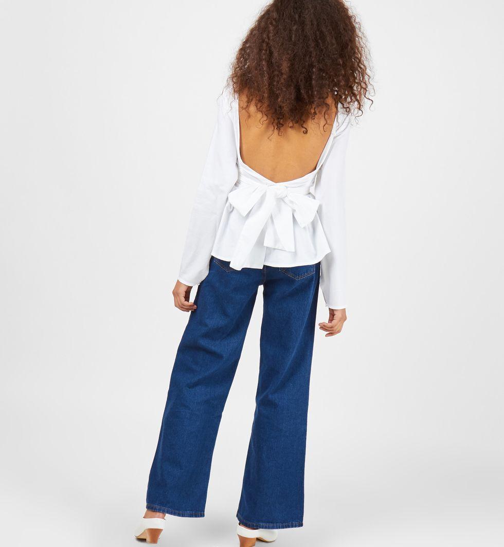Рубашка однотонная с бантом SРубашки<br><br><br>Артикул: 23008609<br>Размер: S<br>Цвет: Белый<br>Новинка: НЕТ<br>Наименование en: Plain tie waist shirt