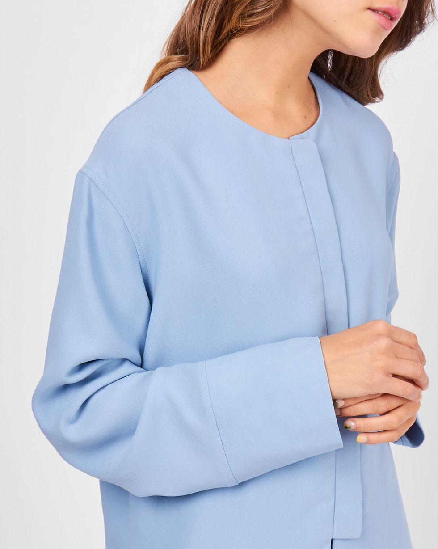 Блуза с манжетами MТопы и блузы<br><br><br>Артикул: 82811045<br>Размер: M<br>Цвет: Голубой<br>Новинка: НЕТ<br>Наименование en: Wide cuff blouse