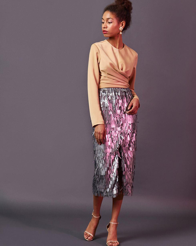 Блуза с завязками на груди LТопы и блузы<br><br><br>Артикул: 82811895<br>Размер: L<br>Цвет: Бежевый<br>Новинка: НЕТ<br>Наименование en: Wrap front blouse