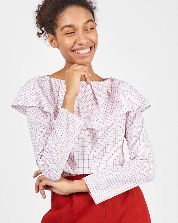 12Storeez Блуза с воланом на плечах в клетку ( белый) 12storeez блуза с бантом в горох черная