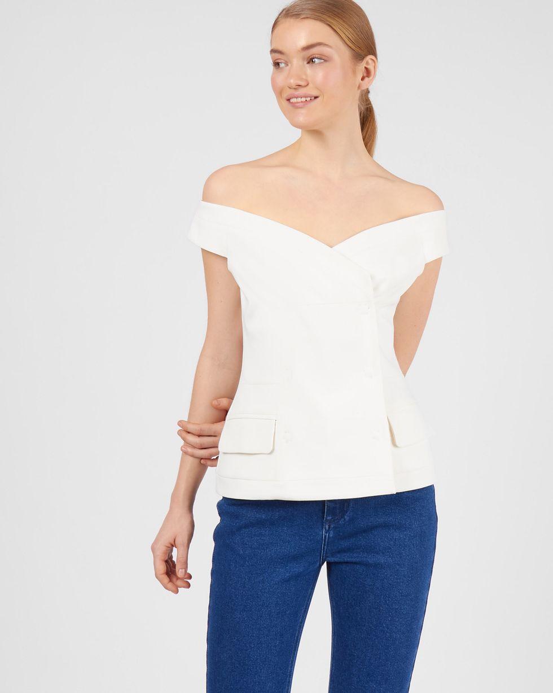 Топ двубортный XSТопы и блузы<br><br><br>Артикул: 82812294<br>Размер: XS<br>Цвет: Белый<br>Новинка: НЕТ<br>Наименование en: Double-breasted top
