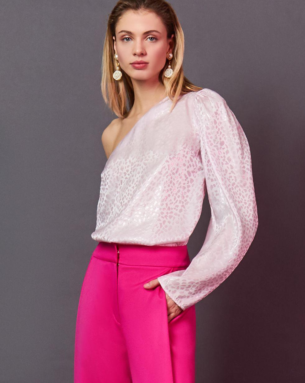 Блуза с одним рукавом из шелка XSТопы и блузы<br><br><br>Артикул: 82812399<br>Размер: XS<br>Цвет: Розовый<br>Новинка: НЕТ<br>Наименование en: Single sleeve blouse