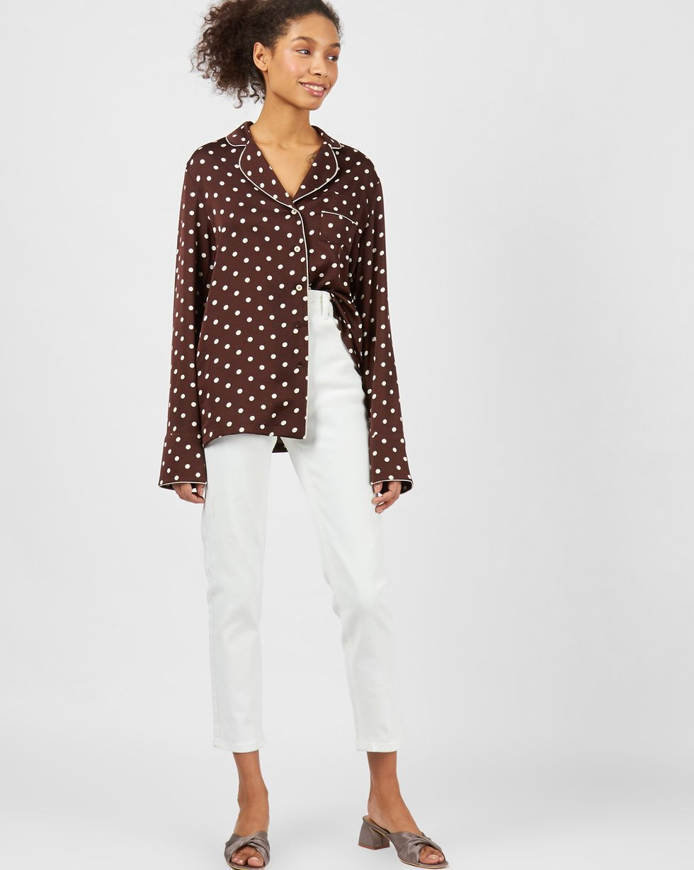 Блуза с кантом в горох MТопы и блузы<br><br><br>Артикул: 82813024<br>Размер: M<br>Цвет: Коричневый в горошек<br>Новинка: НЕТ<br>Наименование en: Polka dot blouse with piped seams