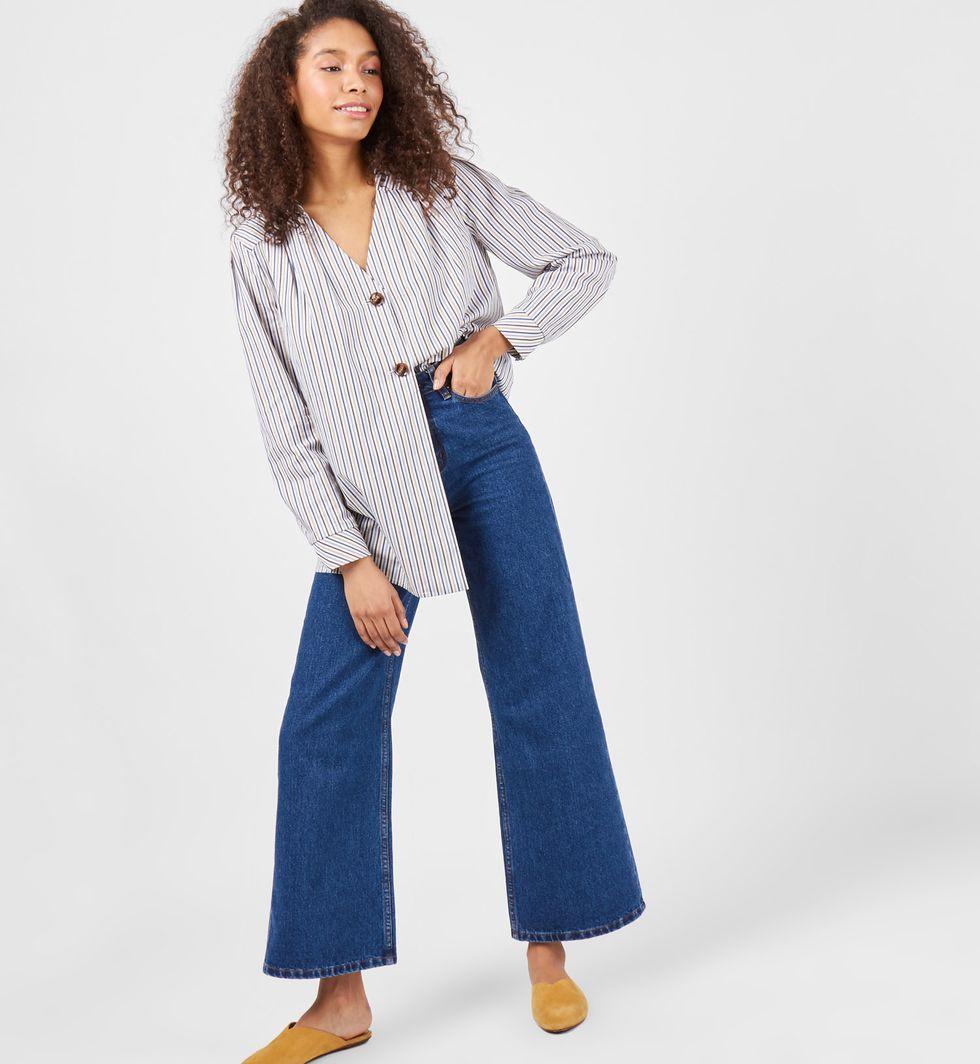 Блуза со складками в полоску One sizeТопы и блузы<br><br><br>Артикул: 8288025<br>Размер: One size<br>Цвет: Цветные полоски<br>Новинка: НЕТ<br>Наименование en: Striped pleat front blouse
