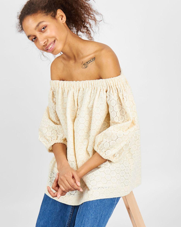 Блуза с рукавами фонарик из шитья One sizeскоро в продаже<br><br><br>Артикул: 8288588<br>Размер: One size<br>Цвет: Молочный<br>Новинка: НЕТ<br>Наименование en: Puff sleeve embroidered blouse