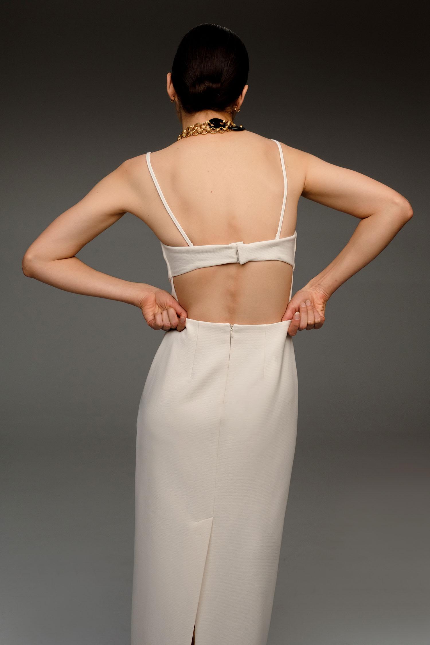12⠀STOREEZ Платье с открытой спиной