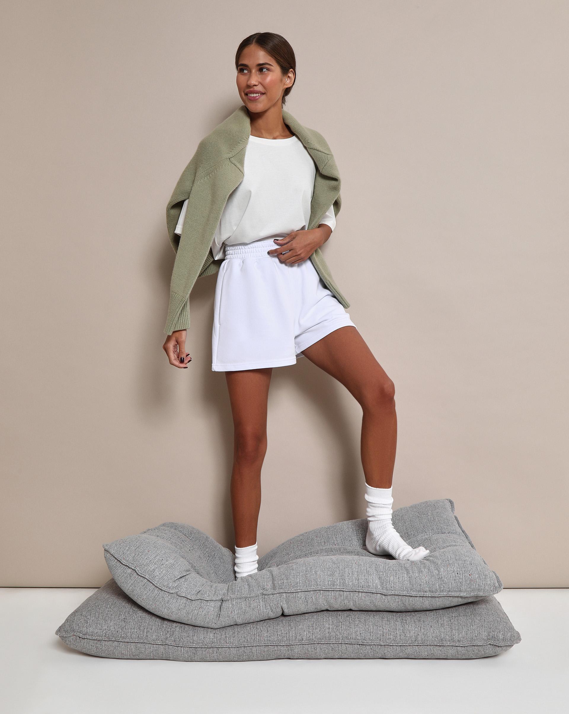 Фото - 12⠀STOREEZ Укороченные спортивные шорты спортивные шорты dc shoes middlegate white wbb0 s