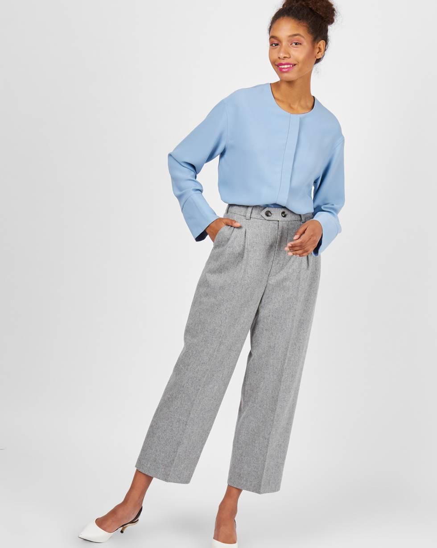 Брюки с защипами из шерсти XSБрюки и джинсы<br><br><br>Артикул: 220810439<br>Размер: XS<br>Цвет: Серый<br>Новинка: НЕТ<br>Наименование en: Pleated front wool trousers