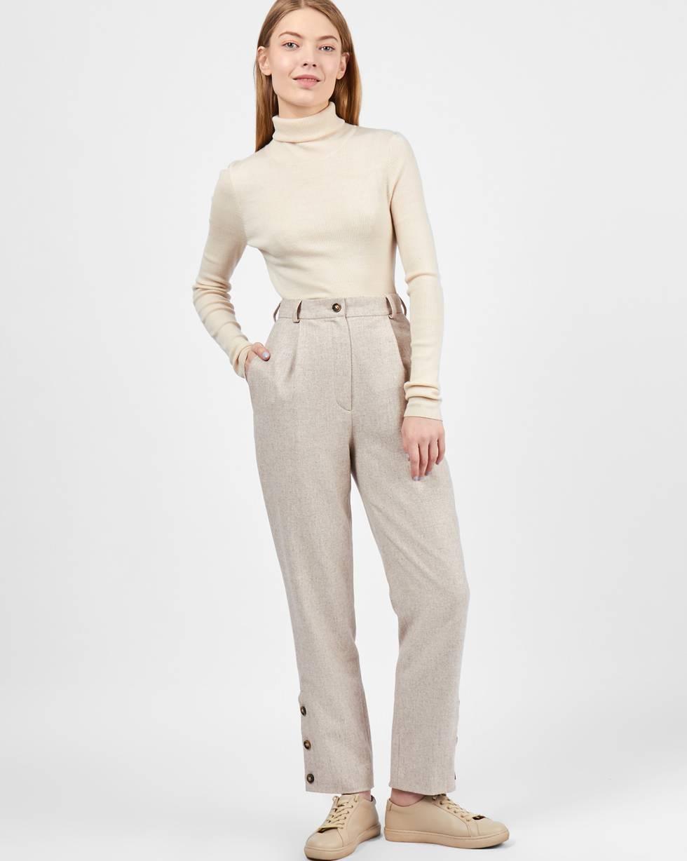 Брюки с пуговицами сбоку XSБрюки и джинсы<br><br><br>Артикул: 220811899<br>Размер: XS<br>Цвет: Кофе с молоком<br>Новинка: НЕТ<br>Наименование en: Button detail wool trousers