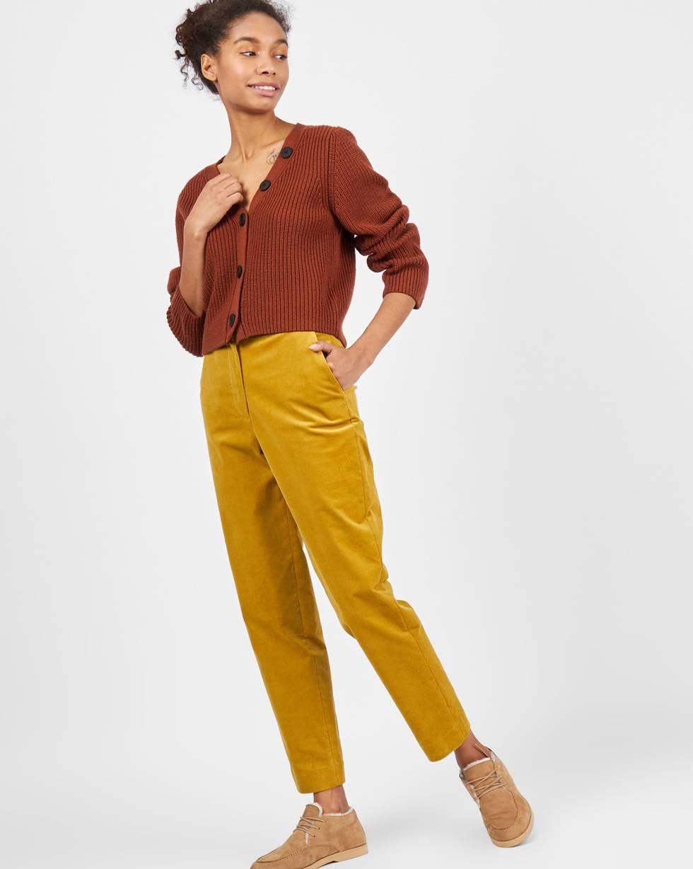 Брюки укороченные с клапанами из вельвета XSБрюки и джинсы<br><br><br>Артикул: 220811909<br>Размер: XS<br>Цвет: Горчичный<br>Новинка: НЕТ<br>Наименование en: Cropped corduroy trousers