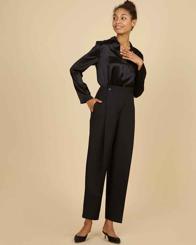 12Storeez Брюки со склaдками на пуговицах (черный) брюки узкие из шелка