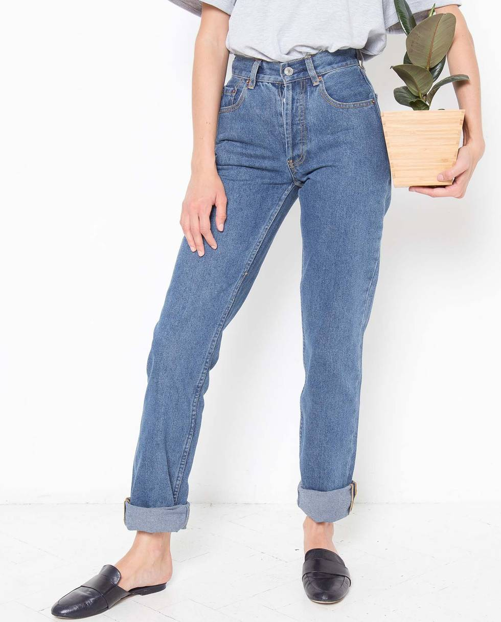 Джинсы с высокой посадкой MБрюки<br><br><br>Артикул: 22086532<br>Размер: M<br>Цвет: Синий<br>Новинка: НЕТ<br>Наименование en: High waisted jeans
