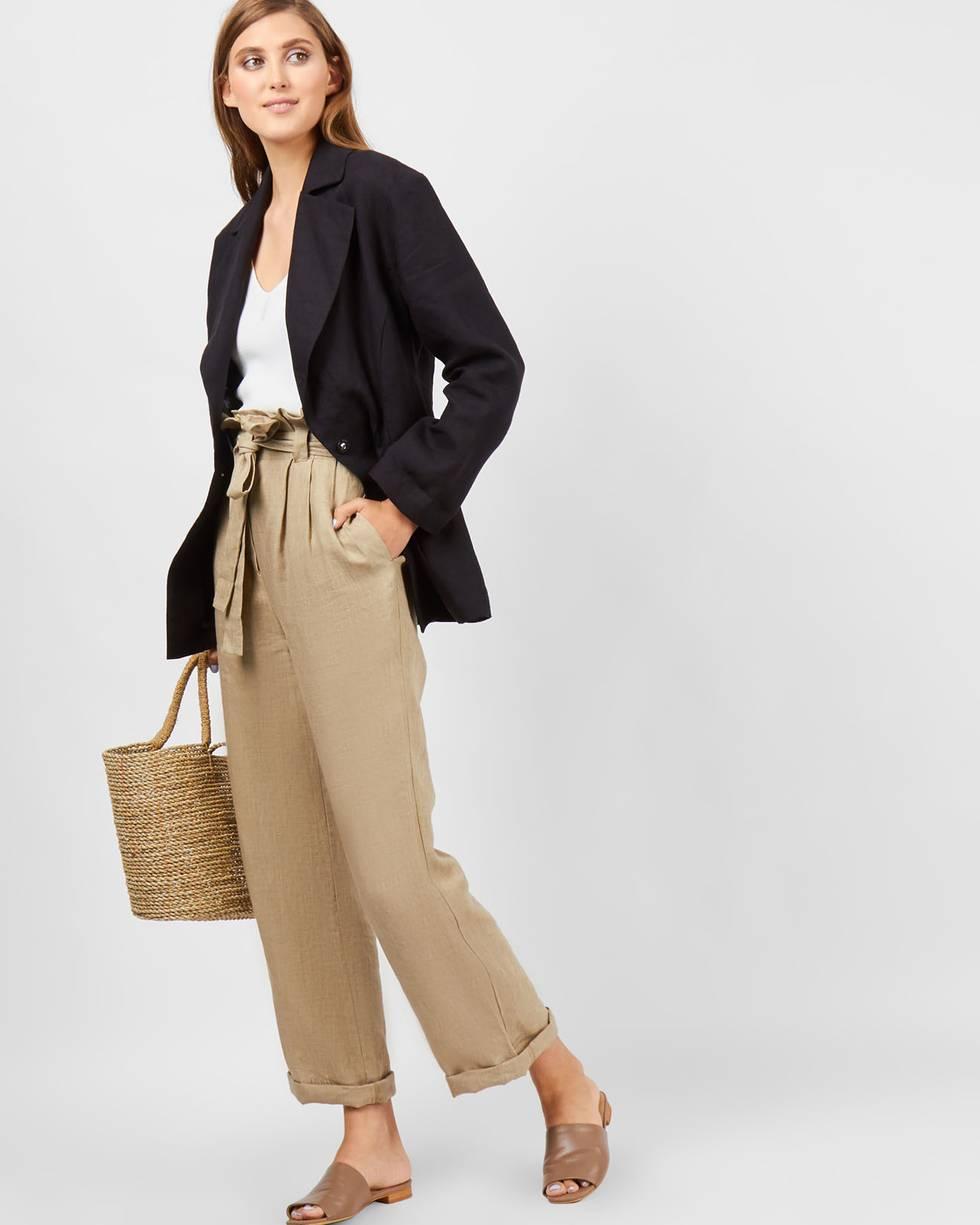 Брюки широкие изо льна XSБрюки и джинсы<br><br><br>Артикул: 22089306<br>Размер: XS<br>Цвет: Бежевый<br>Новинка: НЕТ<br>Наименование en: Linen wide leg trousers