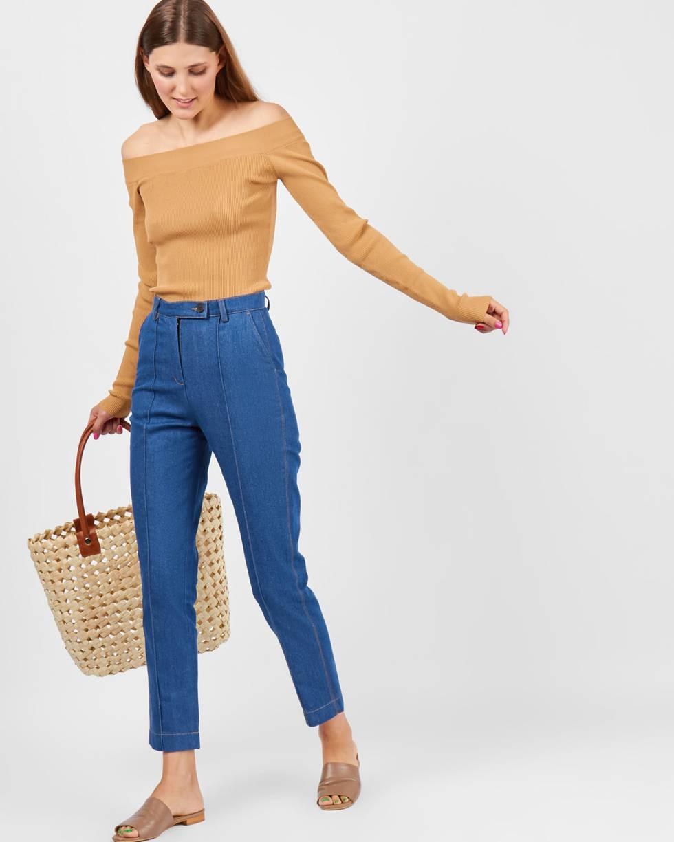 Джинсы с защипом XSБрюки<br><br><br>Артикул: 22089685<br>Размер: XS<br>Цвет: Синий<br>Новинка: НЕТ<br>Наименование en: Dark wash skinny jeans