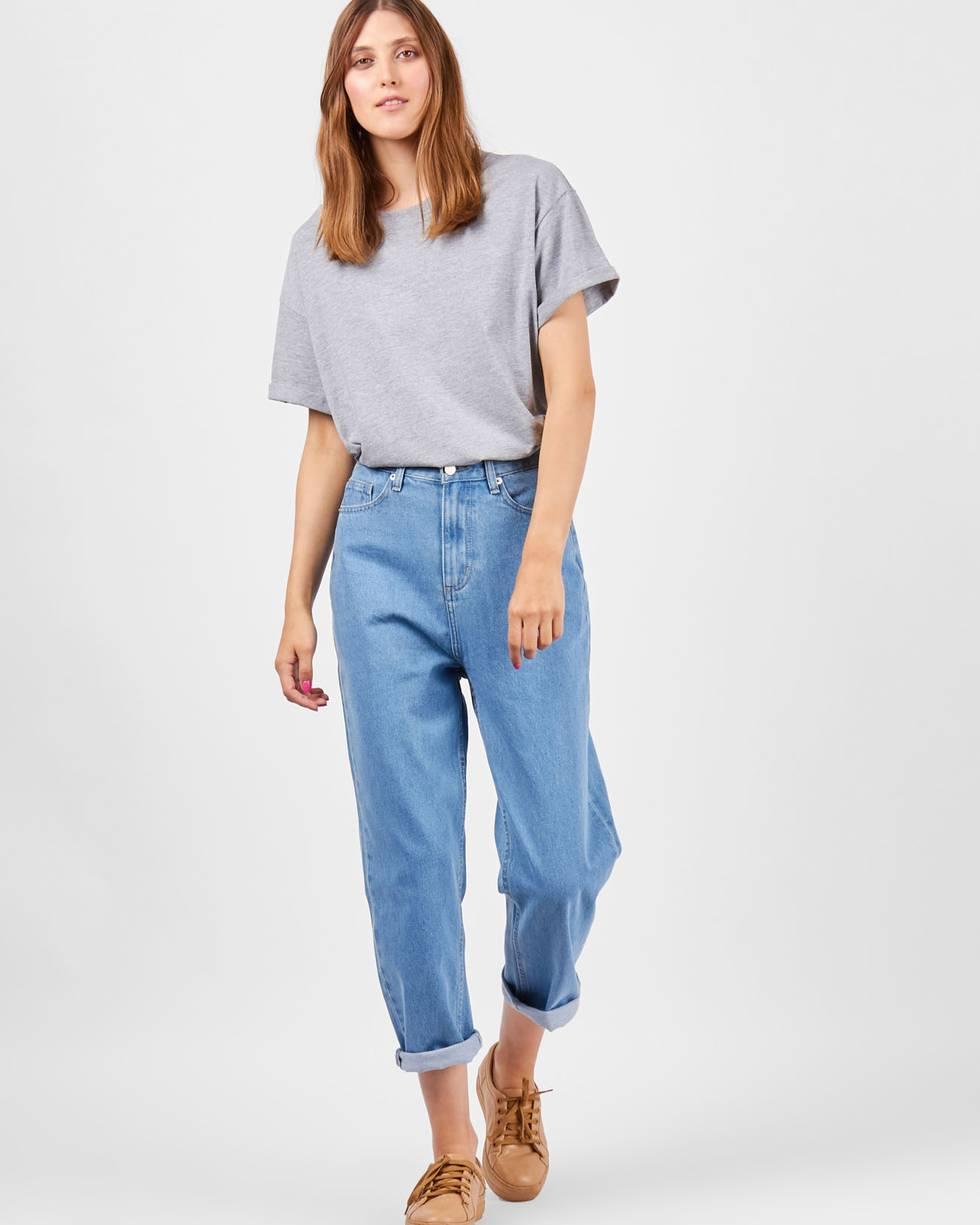 Джинсы широкие укороченные LБрюки<br><br><br>Артикул: 220810150<br>Размер: L<br>Цвет: Голубой<br>Новинка: НЕТ<br>Наименование en: Cropped wide leg jeans