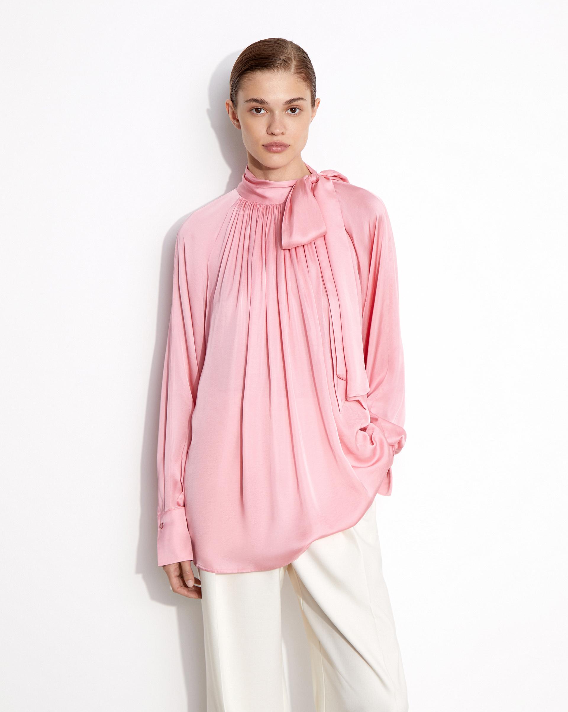 12⠀STOREEZ Блуза с бантом