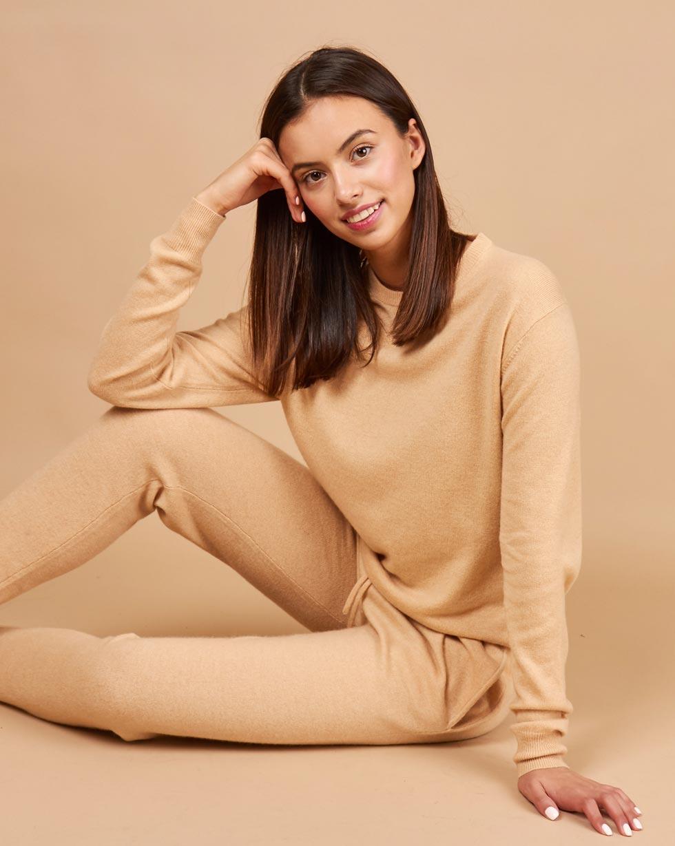 цена 12STOREEZ Костюм: свитер и брюки на завязках онлайн в 2017 году