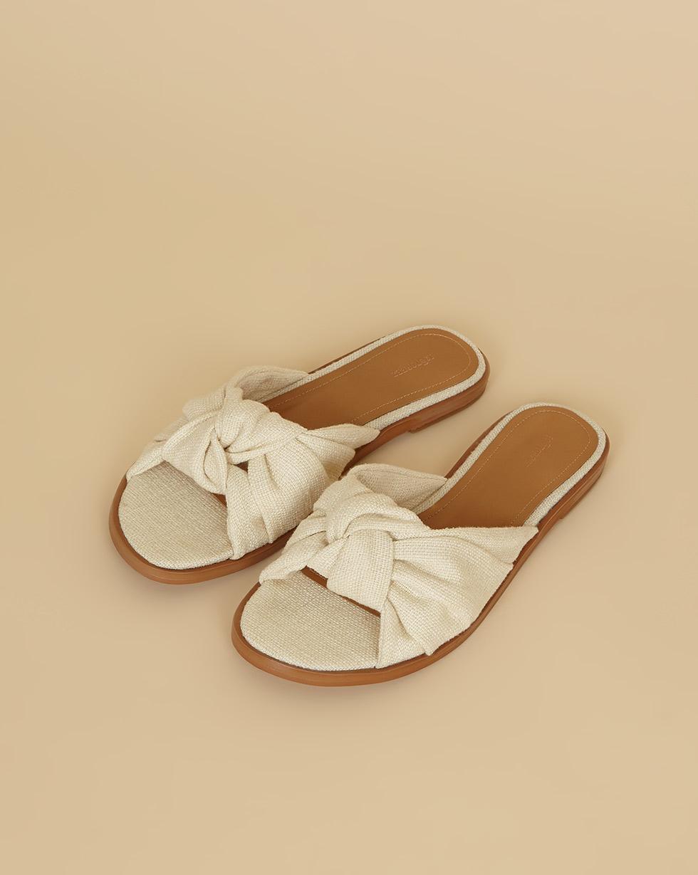 12⠀STOREEZ Сандалии с узлом 12⠀storeez сандалии с перемычкой