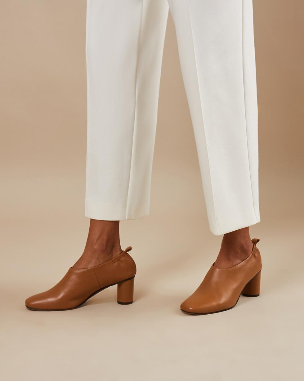 12STOREEZ Туфли-мюли закрытые на каблуке туфли на каблуке bally