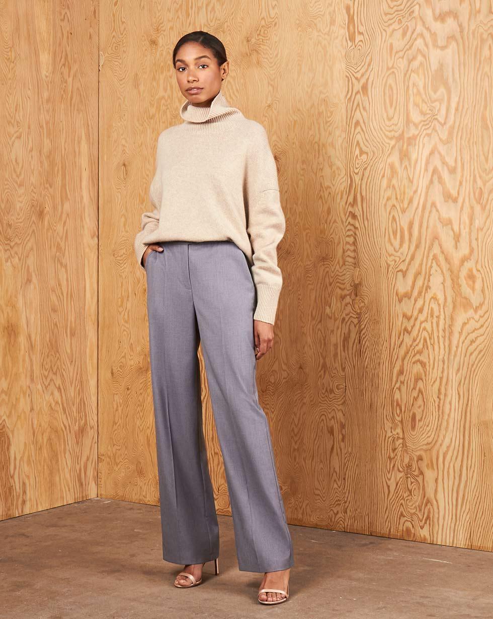 Фото - 12⠀STOREEZ Брюки в пол брюки в городском стиле из ткани стретч с удлиняющими вырезами