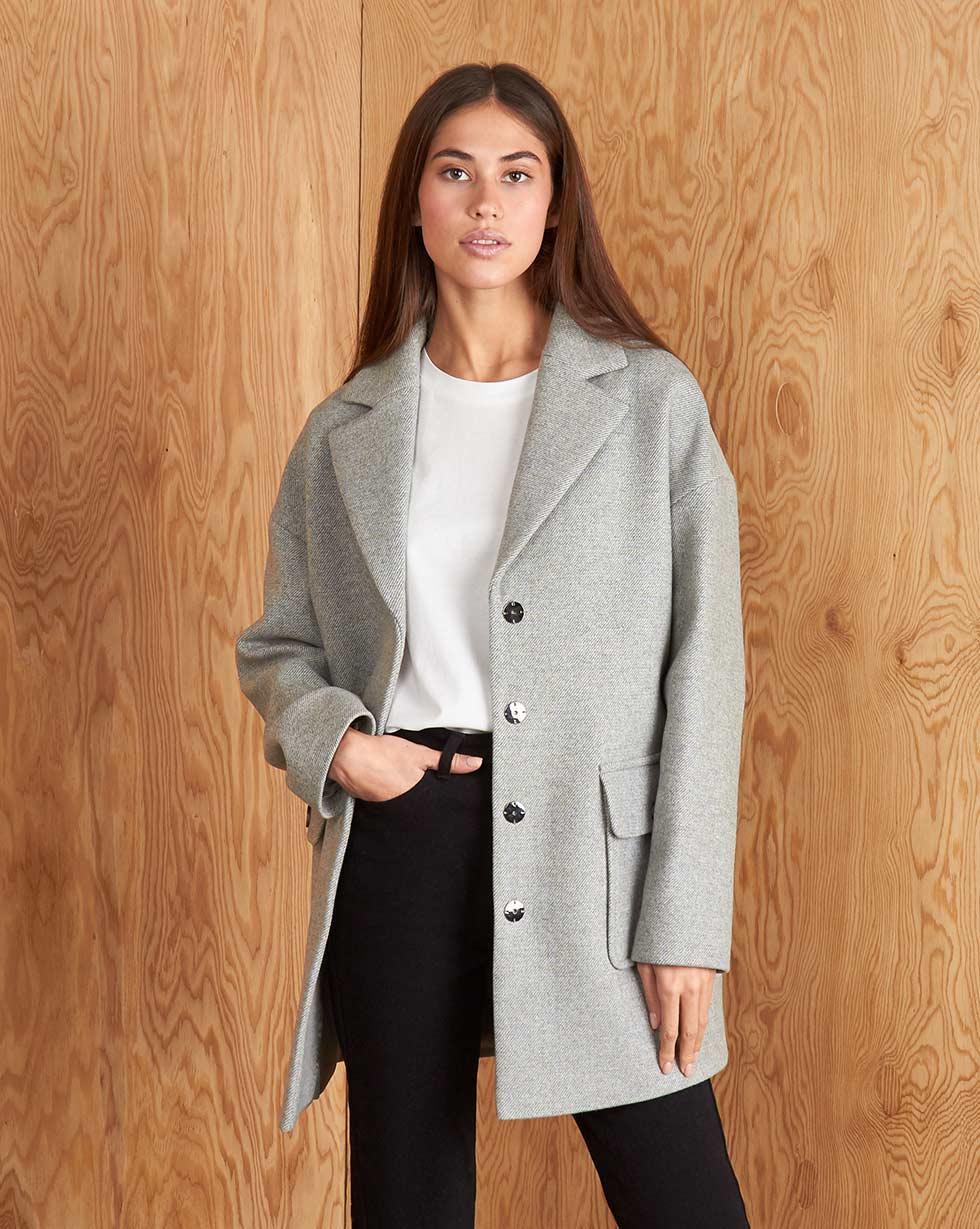 12⠀STOREEZ Жакет с накладными карманами жакет удлиненный с карманами на пуговицах