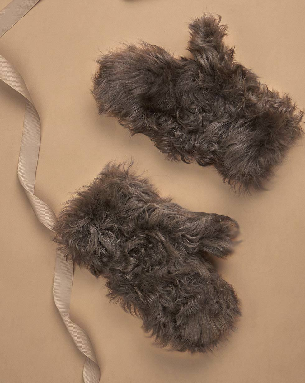 12⠀STOREEZ Меховые рукавицы