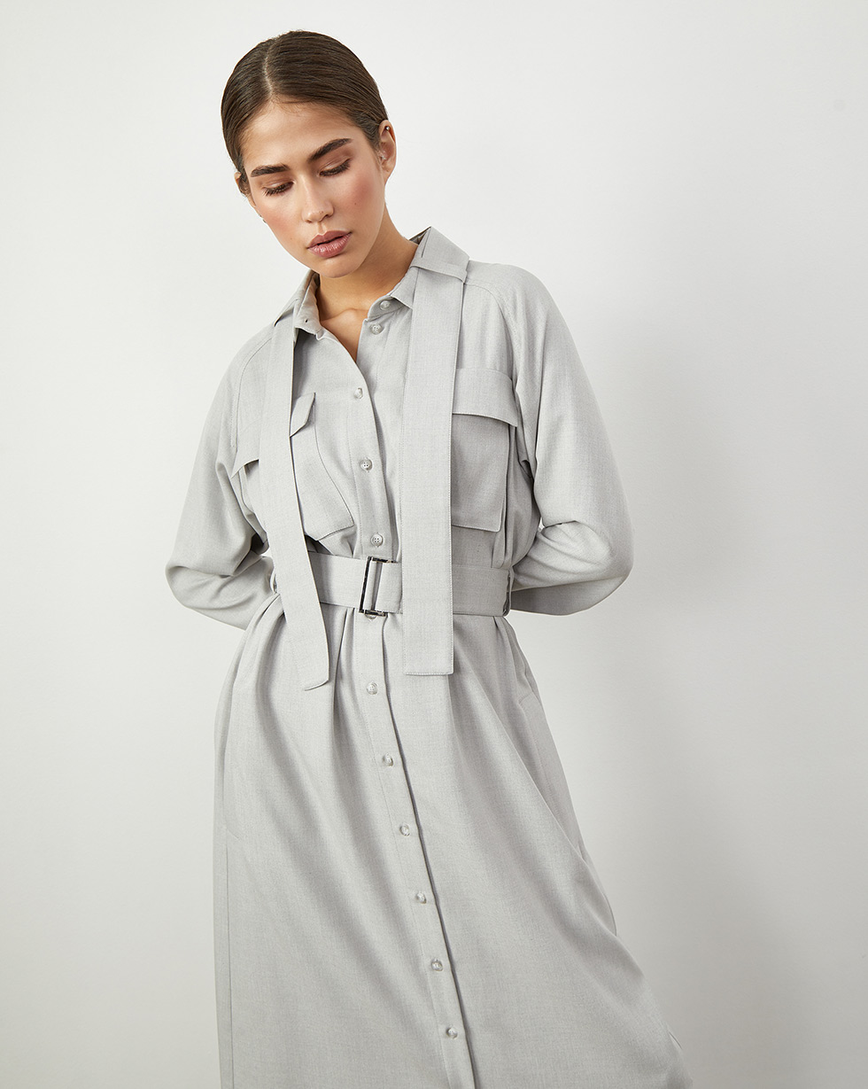 Платье-рубашка с поясом на воротнике M фото