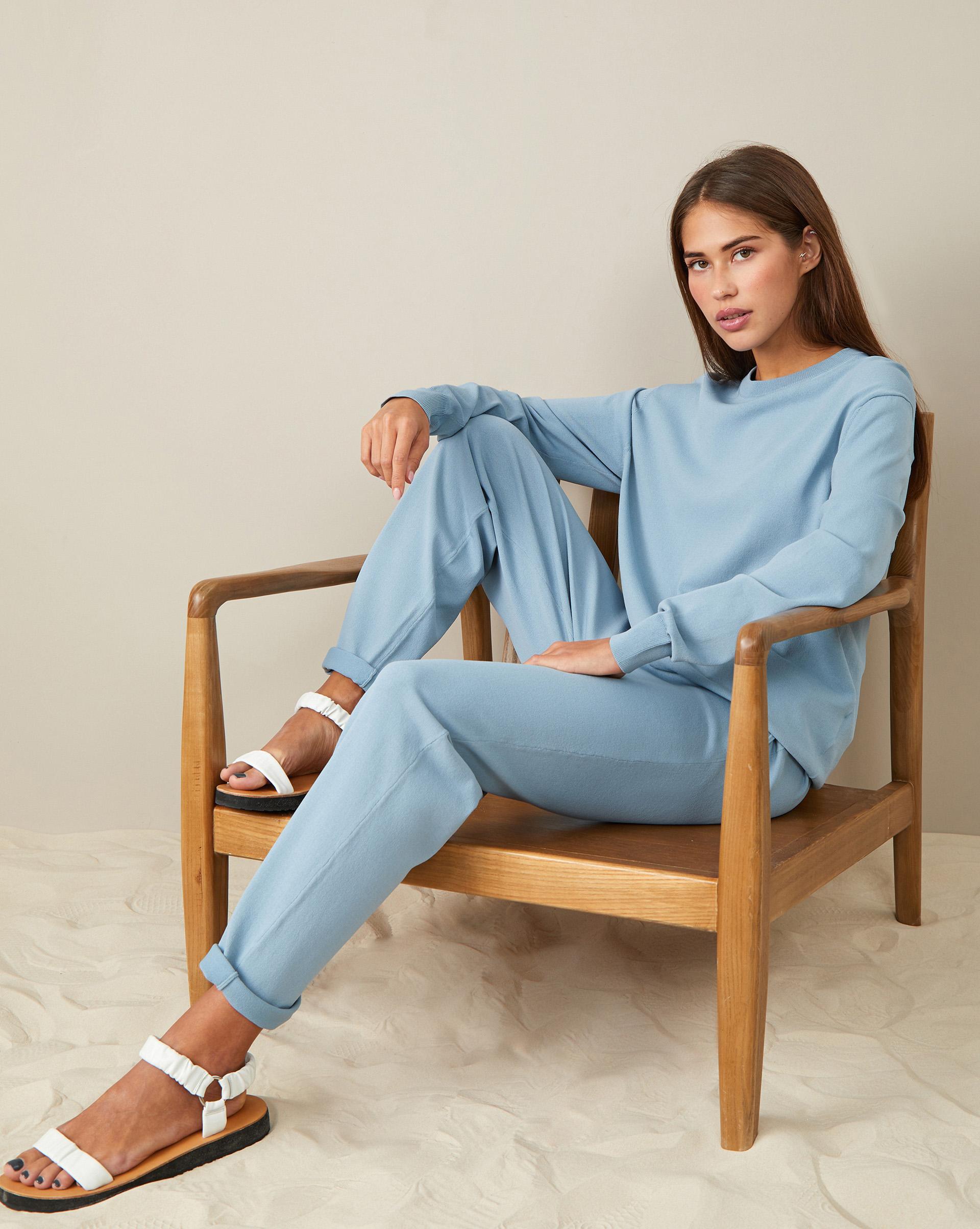 Фото - 12⠀STOREEZ Брюки на завязках (Серо-голубой) брюки в городском стиле из ткани стретч с удлиняющими вырезами