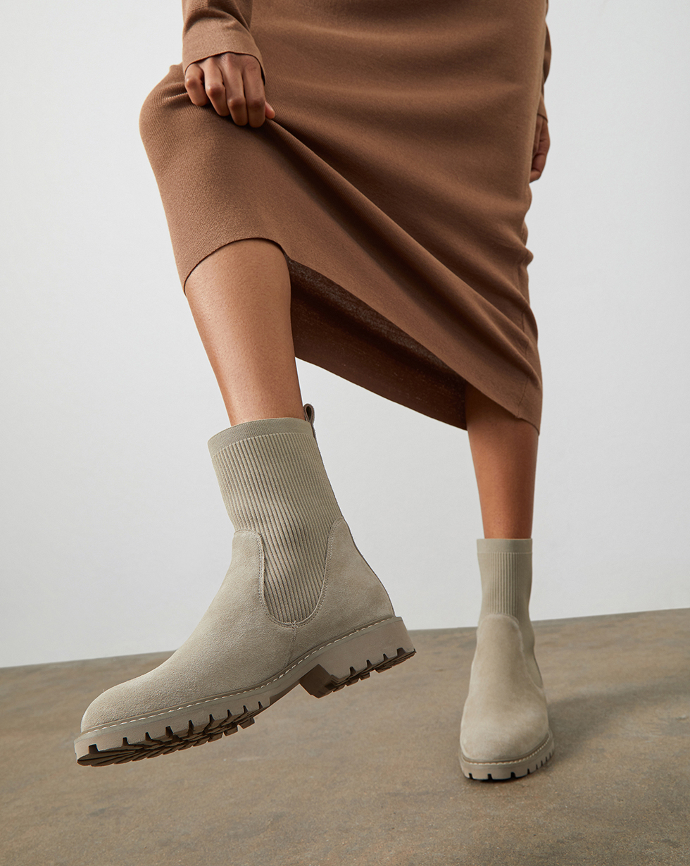 12⠀STOREEZ Ботинки с трикотажным чулком 12⠀storeez ботинки с трикотажным чулком