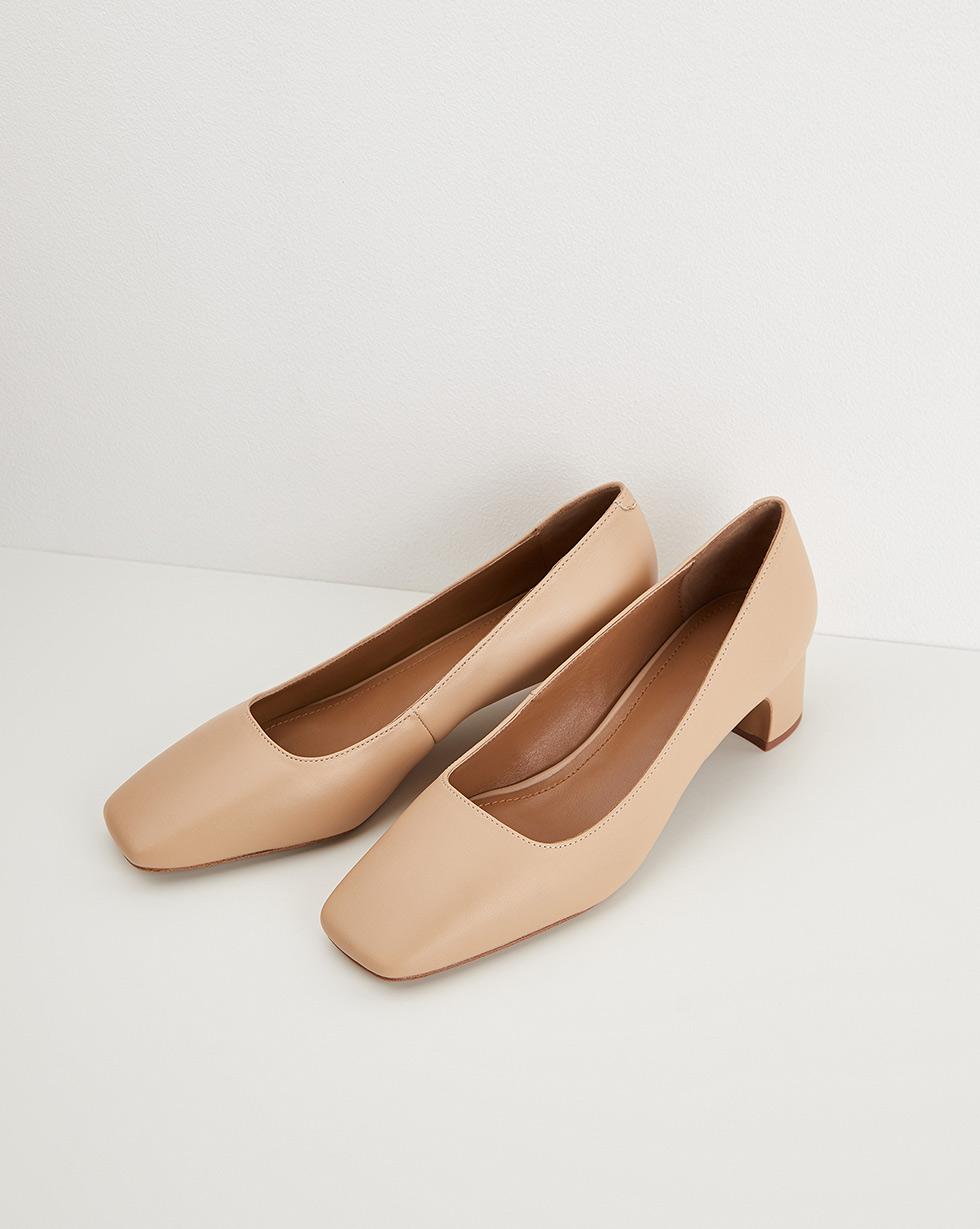 12STOREEZ Закрытые туфли на устойчивом каблуке