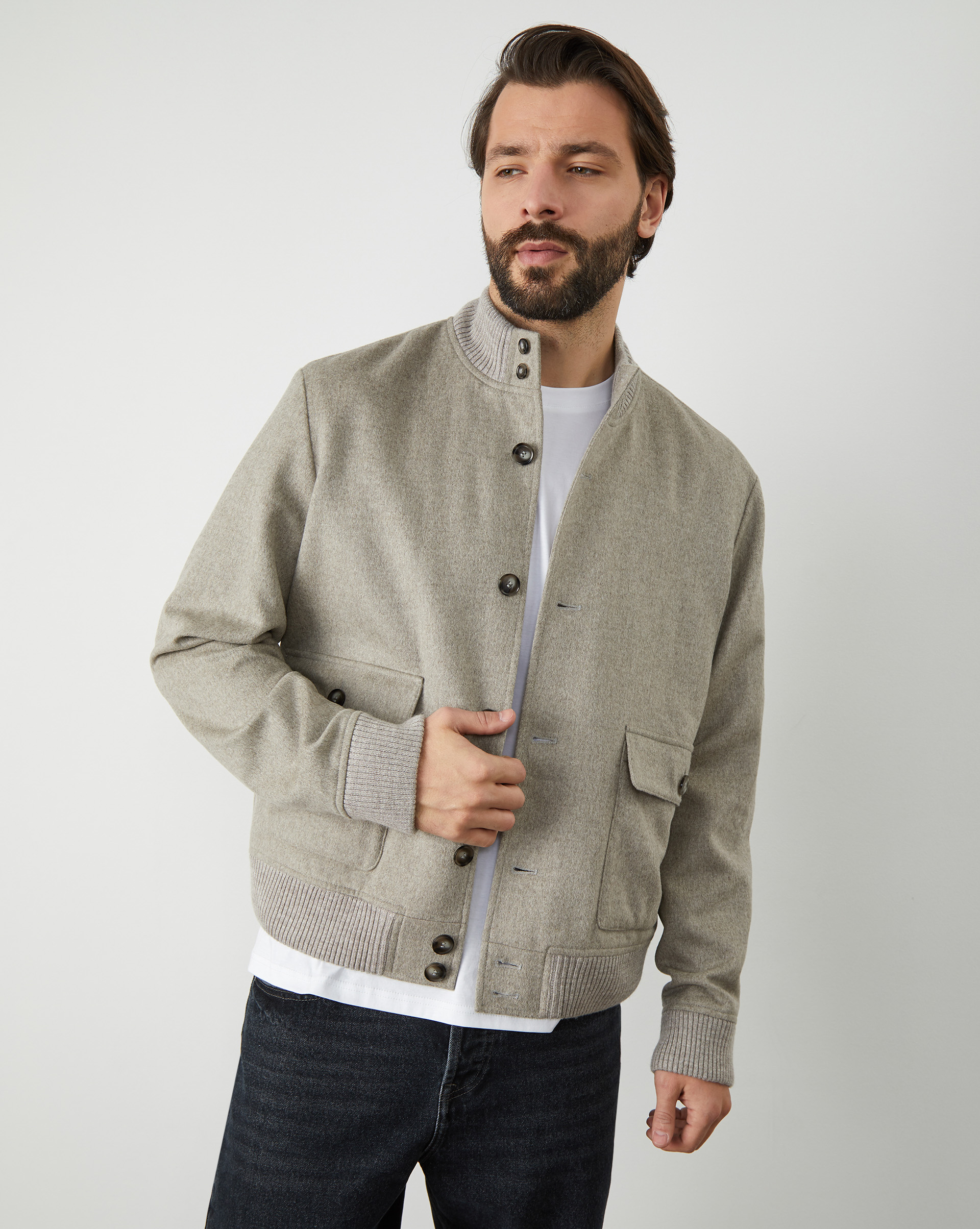 12⠀STOREEZ Куртка мужская с накладными карманами (Кофе с молоком)