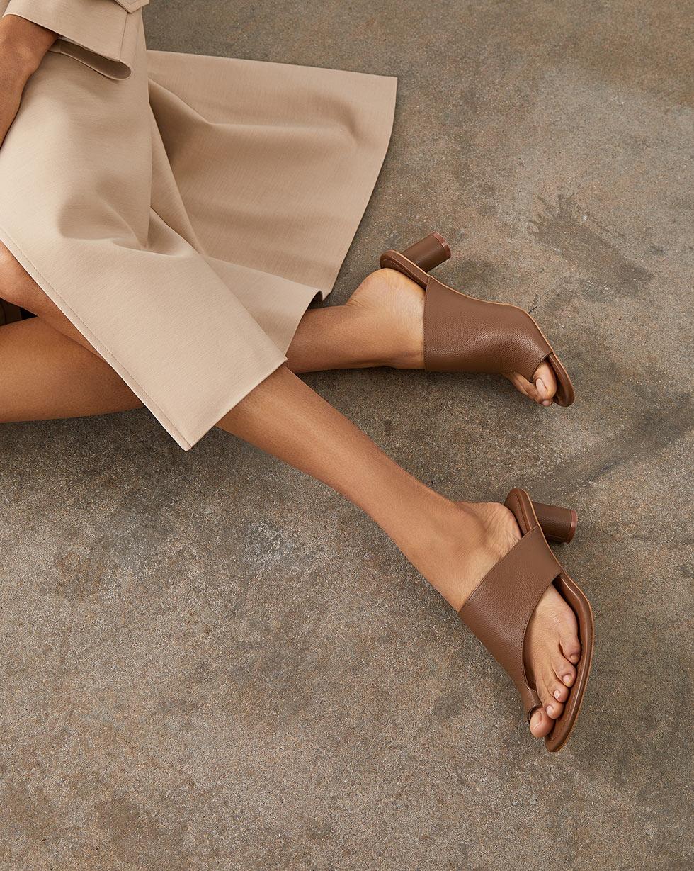 12⠀STOREEZ Открытые мюли с перемычкой 12⠀storeez сандалии с перемычкой